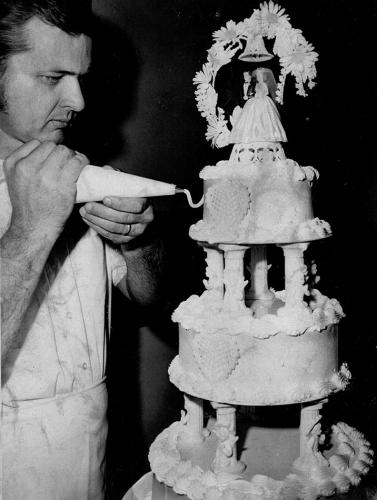Jim-Balmain-and-wedding-cake