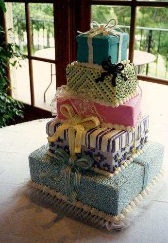 Robin-Lake-Foster-Cake